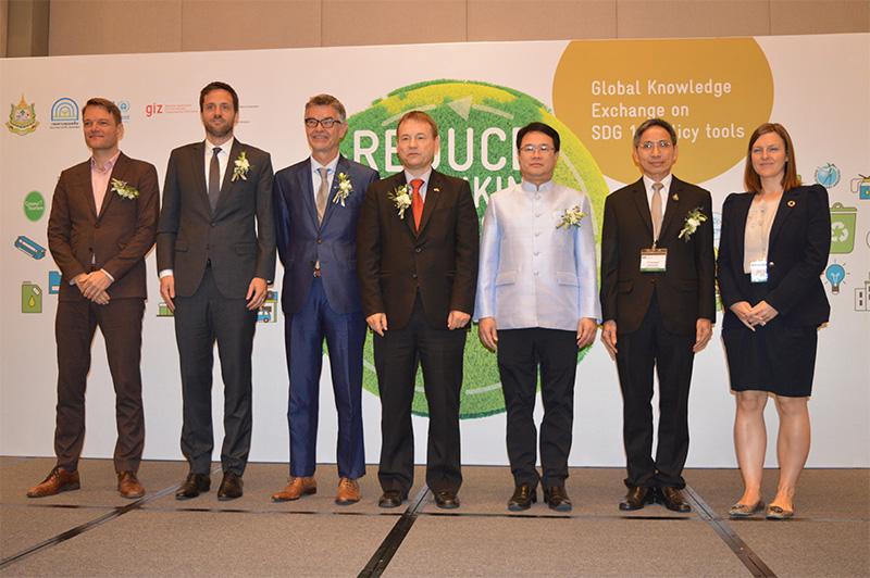 ทส.ร่วมกับ GIZ และ UNEP จัดเวทีร่วมทบทวนแนวคิดเศรษฐกิจหมุนเวียน แก้วิกฤตสิ่งแวดล้อมด้วยกระบวนการ 3R
