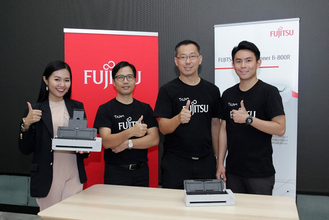 ฟูจิตสึ ตอกย้ำผู้นำสแกนเนอร์ระดับโลก เปิดตัว fi-800R สแกนเนอร์อเนกประสงค์ขนาดกะทัดรัด รุกตลาดโรงพยาบาลในไทย
