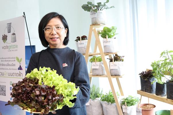 จากนวัตกรรมแปลงเศษอาหารให้กลายเป็นฟาร์มดาดฟ้า สู่โมเดลสร้างฟาร์มสมัยใหม่ในเมือง
