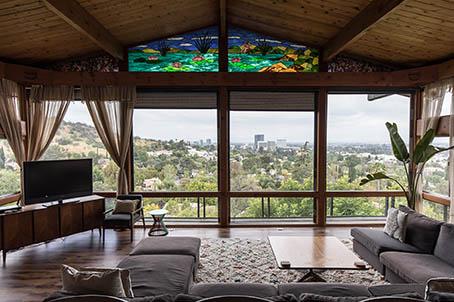 Airbnb รวมสุดยอดวิวที่พักจากทุกมุมโลกให้โหลดฟรี สร้างสีสันช่วง Work From Home