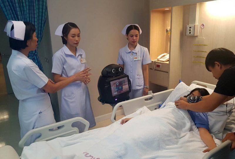 หุ่นยนต์ช่วยดูแลผู้ป่วย COVID -19 ในโรงพยาบาล