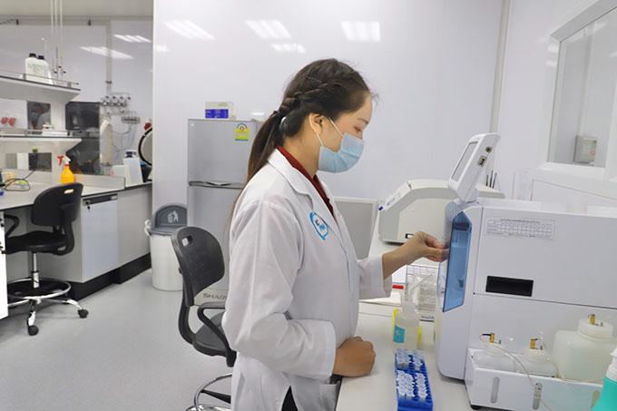 รมว.อว.เยี่ยมชม ศูนย์นวัตกรรมการผลิตหัวเชื้อจุลินทรีย์เพื่ออุตสาหกรรม (ICPIM)