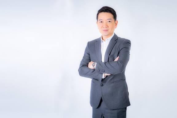 พีระพงศ์ จรูญเอก ประธานเจ้าหน้าที่บริหาร บริษัท ออริจิ้น พร็อพเพอร์ตี้ จำกัด (มหาชน) หรือ ORI ผู้พัฒนาธุรกิจอสังหาริมทรัพย์ครบวงจร