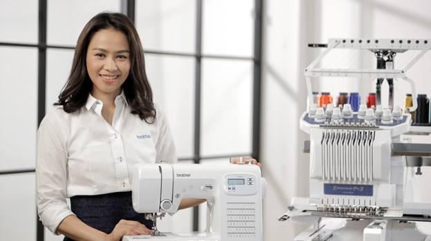 ภัทรนิษฐ์ สวัสดีภิรมย์ ผู้จัดการผลิตภัณฑ์จักรเย็บผ้า บริษัท บราเดอร์ คอมเมอร์เชี่ยล (ประเทศไทย) จำกัด